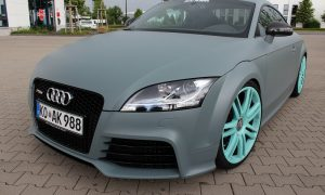 Audi TTRS in grau matt