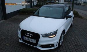 """Audi A1: Vollfolierung in """"weiß glänzend"""""""