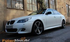 """BMW E60: Vollfolierung in """"weiß seidenglanz"""""""