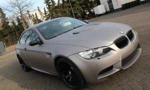 "BMW M3: Vollfolierung in ""charcoal matt mettalik"""