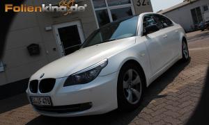 """BMW E60: Vollfolierung in """"perlmutt weiß glänzend"""""""